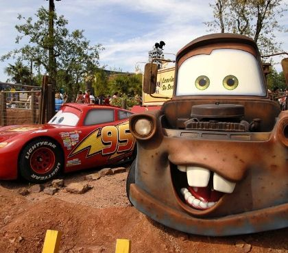 cars quatre roues rallye attractie disneyland